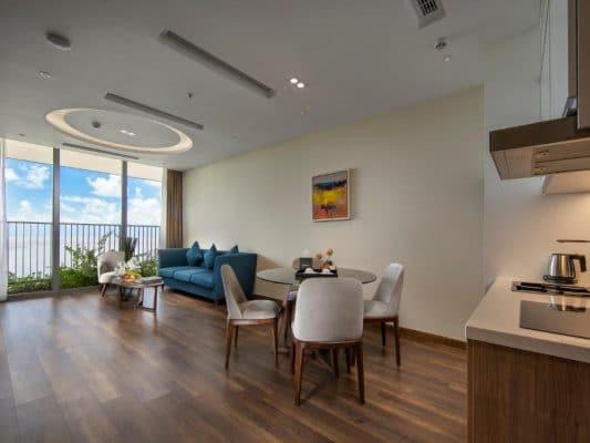 Phòng Deluxe Ocean View Flamingo Cát Bà Resort